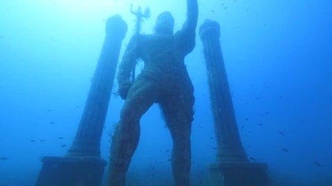 statues underwater museum