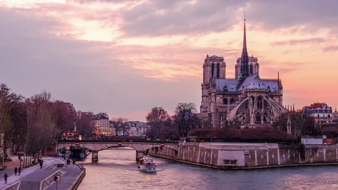 Time lapse Cityscape of Paris - Sunset on Notre Dame and Seine River
