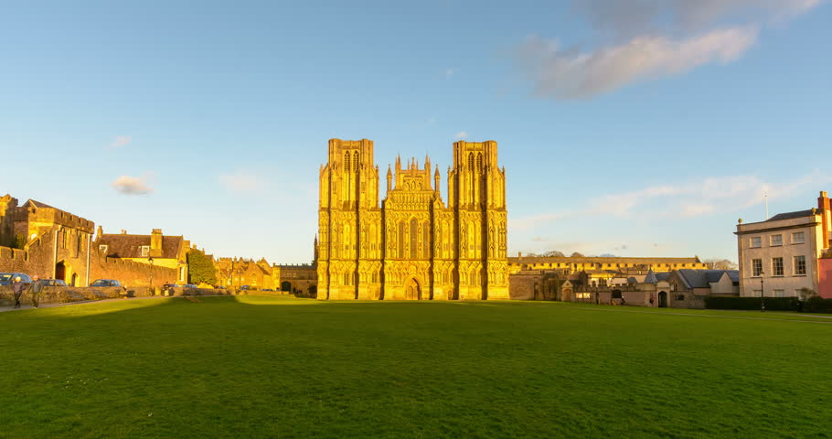 West Facade of Wells Cathedral Timelapse