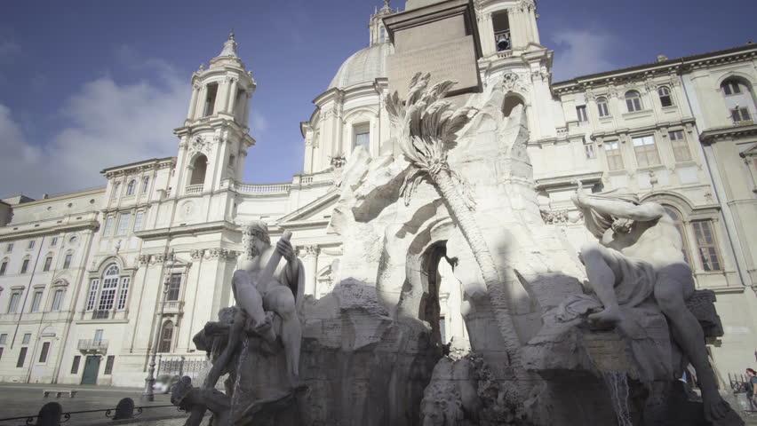 Statue of Zeus in Piazza Navona, Rome