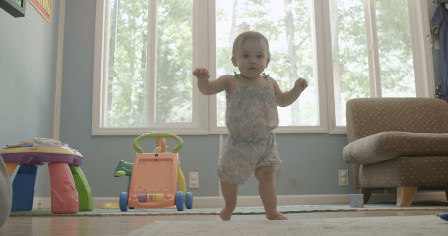 Baby / Toddler takes first steps and learns how to walk
