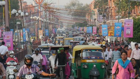 JAIPUR, INDIA - OCTOBER 2014: Busy street scene in Jaipur, India