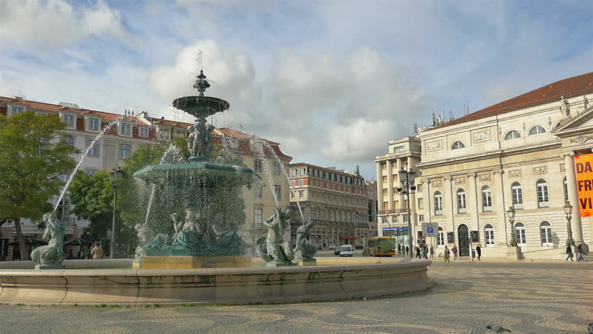 Video of fountain on the Rossio Square in Lisbon, Portugal in 4K