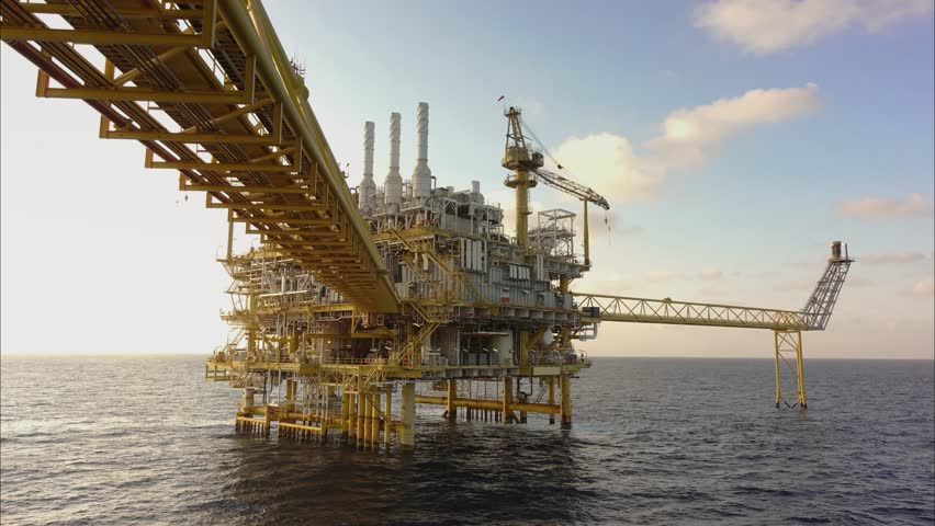 Offshore Oil and Gas Construction Stock Footage Video (100% Royalty-free)  1010342219 | Shutterstock