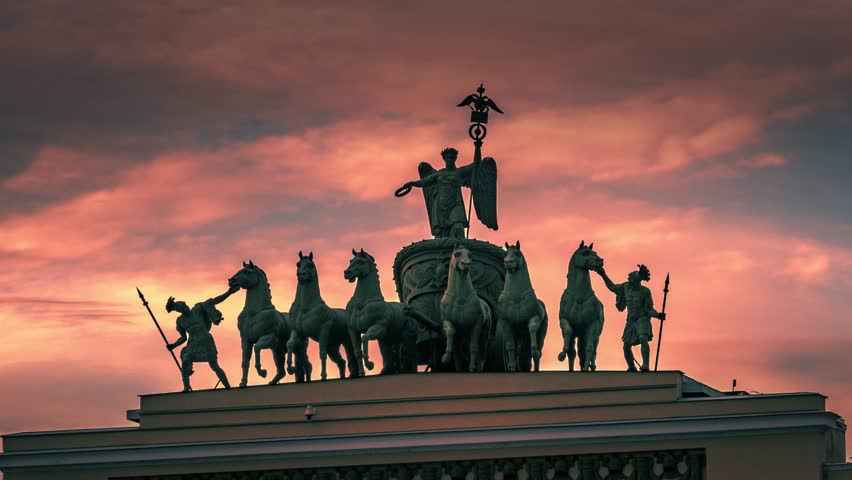 Hyperlapse of Statue of Glory in 6-horse Chariot of Victory on the General Staff Building on Palace Square in St. Petersburg, Russia. 4K UHD timelapse.