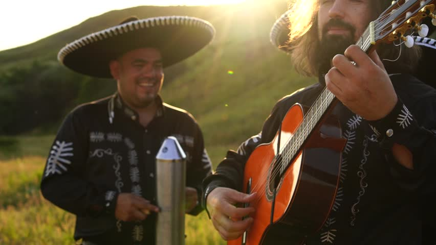 interracial gratis videoer mariachi