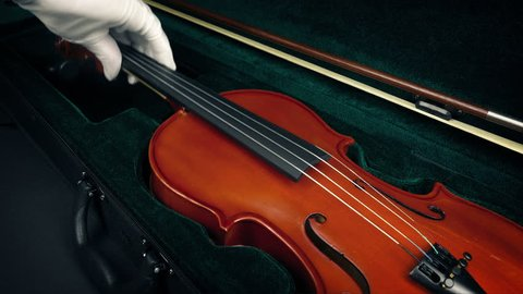Case Opens And Violin Is Taken Out
