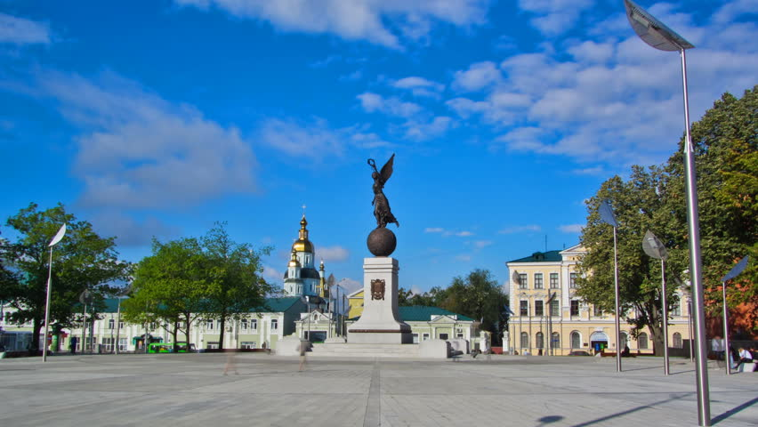 Monument of Independence timelapse hyperlapse. Nika the goddess on a ball on a background of the sky and buildings. City center. Kharkiv, Ukraine | Shutterstock HD Video #1015140169