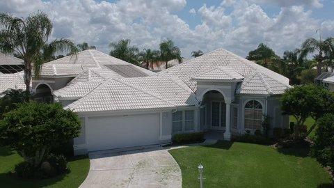 Aerial view of a residential neighborhood in Sarasota Florida