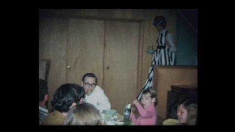 1971 Family Thanksgiving in basement 2