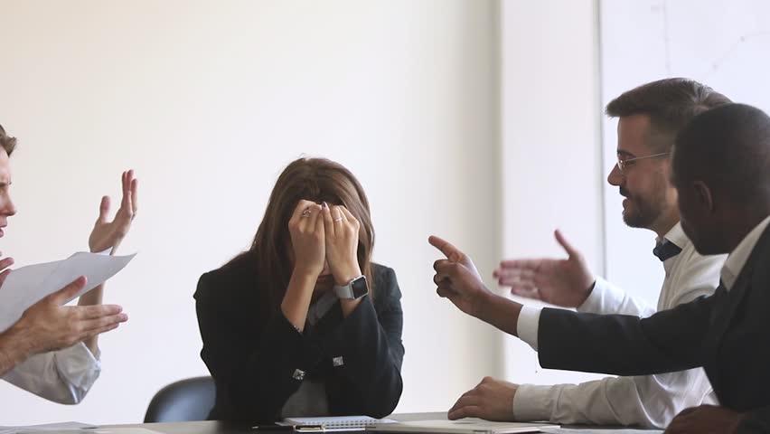 Cara Melindungi Diri dari Perilaku Buruk Rekan Kerja