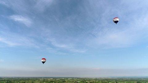 Bibbiano, Reggio Emilia / Italy - 09/10/2006 : Italian hot air balloon championship; The hot air balloon is a hot air aircraft that is part of the balloons, flying vehicles, hot air balloons