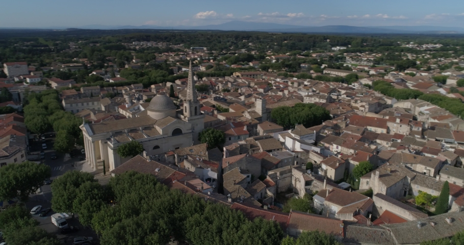 Saint-Rémy-de-Provence aerial lateral traveling, Bouches-du-Rhône, France | Shutterstock HD Video #1032551279