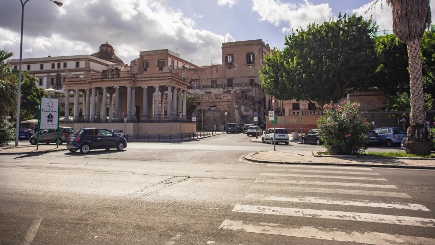 PALERMO, ITALY 17 OCTOBER 2019: Time Lapse of the Foro Italico in Palermo with the view of the traffic and the movement of city life | Shutterstock HD Video #1039188599