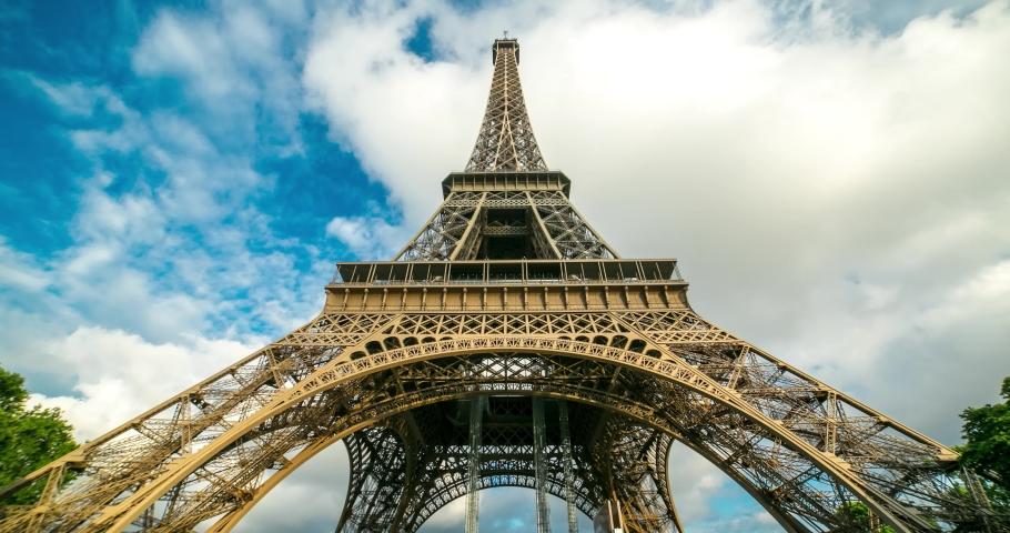 Eiffel Tower - Paris Timelapse #1041102079
