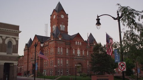 Static view of the Cass County Courthouse.