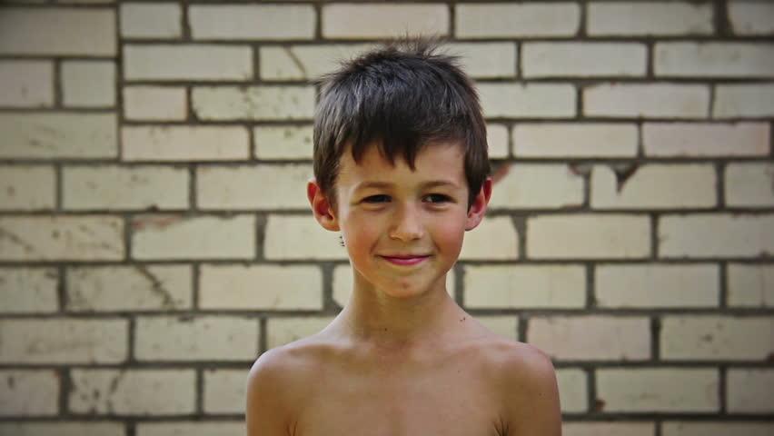 Голый мальчик видео фото 55-206
