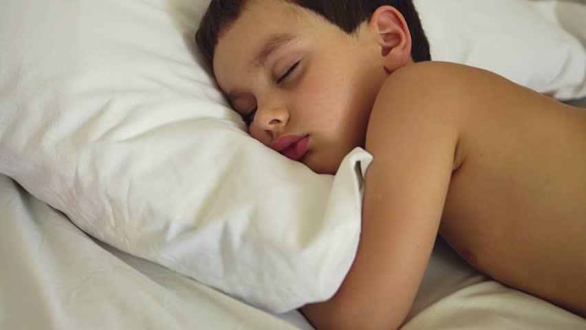 free-nude-boys-movie-sleep