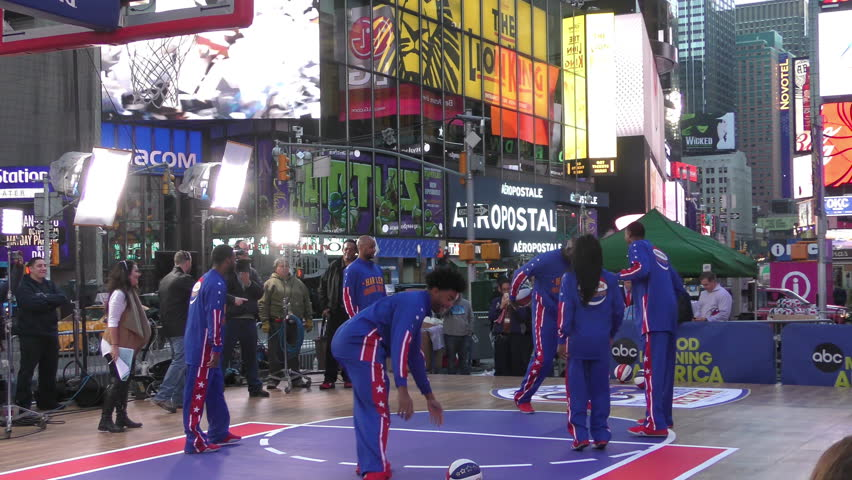 NEW YORK - OCTOBER 6: Harlem Globetrotters visit the outdoor ABC Studio of Good Morning America on Times, Square, new York, October 6, 2015