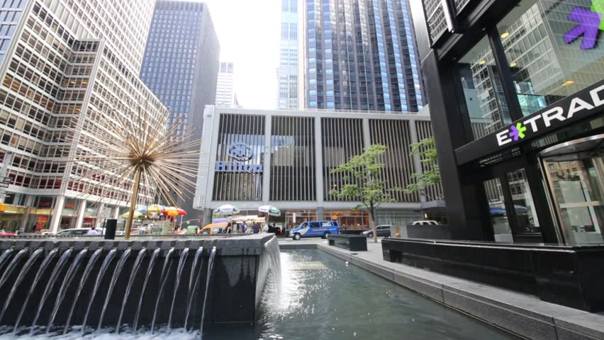Nyc Aug 24 2017 Hilton Main Office And Fountain Brand Of