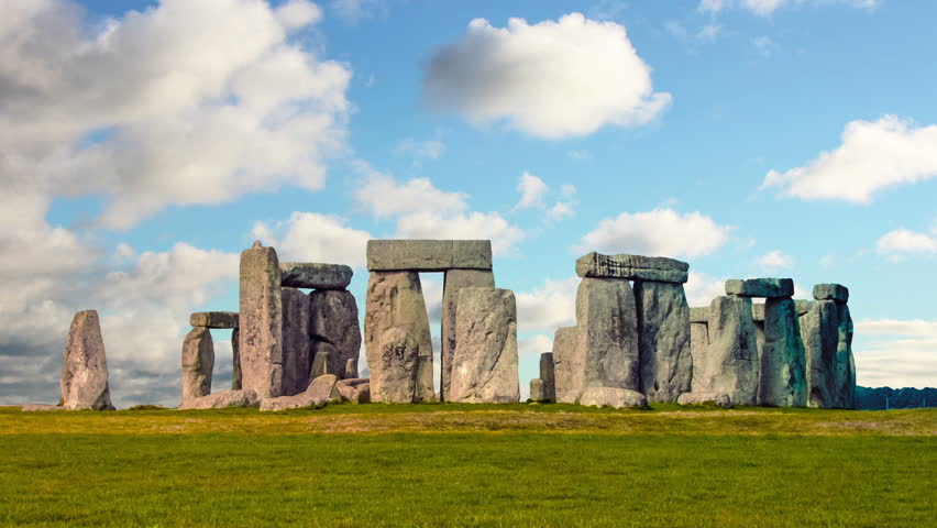 Stonehenge with cloud time lapse. N5