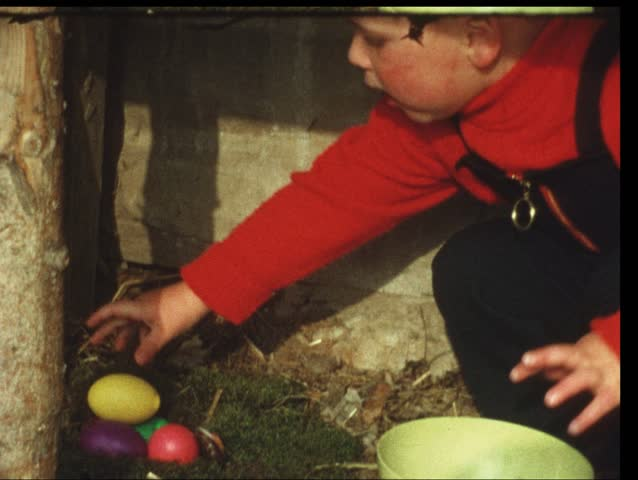 Easter eggs (Vintage 8 mm amateur film)