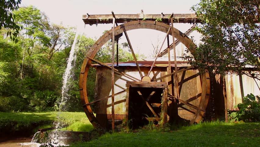 Watermill is wheeling for marking energy - Roda de Água