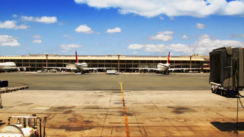 Time-lapse Airport Gate and Jetliner