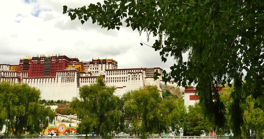 4k Potala reflection on lake in Lhasa park,Tibet.lake with willow. gh2_09766_4k