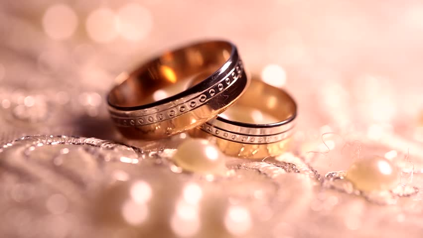 Wedding Rings Rotating With Textured Video De Stock Totalmente