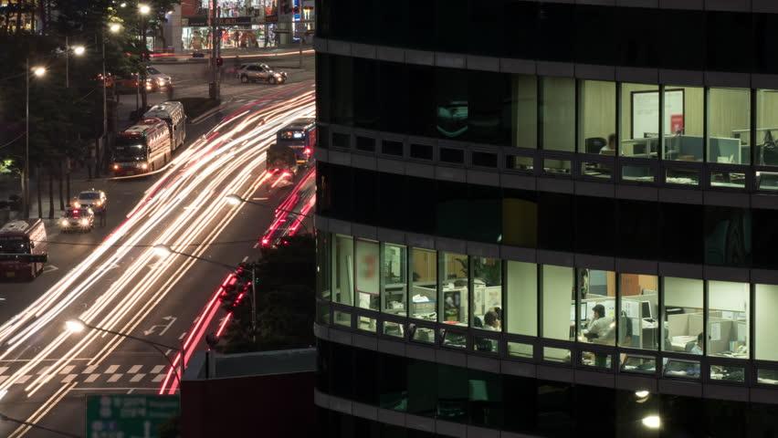深夜残業の定義と計算方法|管理職/女性/平日/休日の場合