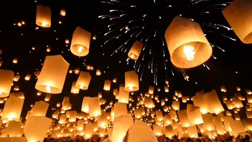 Many Sky Fire Lanterns Floating Up To The Sky In Yee Peng Lanna Festival Landmark Destination Travel Of Chiang Mai, Thailand (sound)