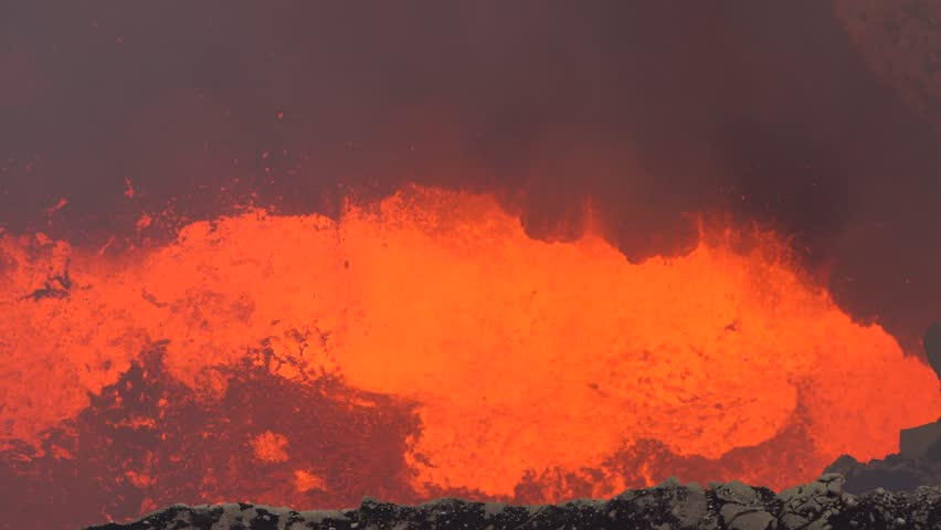 volcanoes volcano and red hot lava Current kilauea lava flow update, with information and tour options to hike to see red hot lava.