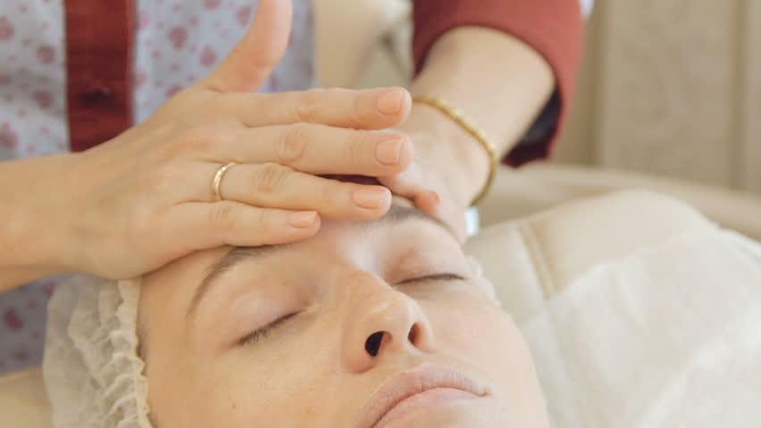 Massaging the face in the beauty salon   Shutterstock HD Video #21553729