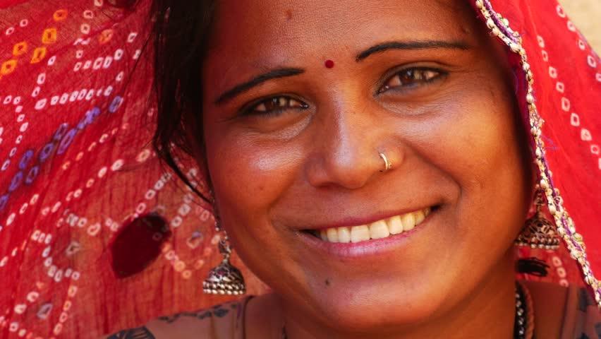Header of sari