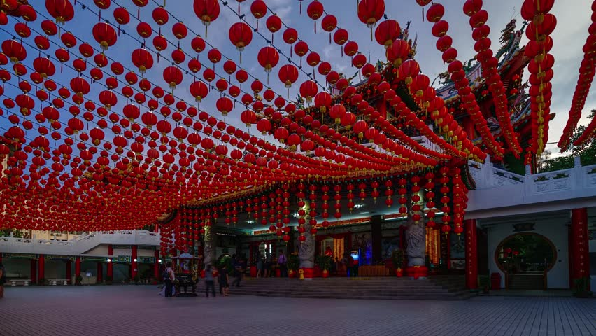 Time lapse footage of locals and foreigners visiting this Buddhist temple as Chinese New Year is around the corner in Malaysia.