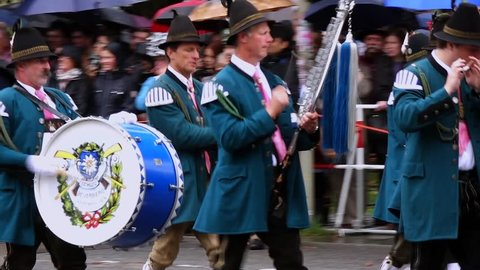Traditional opening parade, Oktoberfest, Munich beer festival, Bavaria, Germany, Europe, 20. September 2014