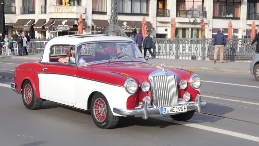 Havana Circa Timelapse Focusing On A Classic Car With