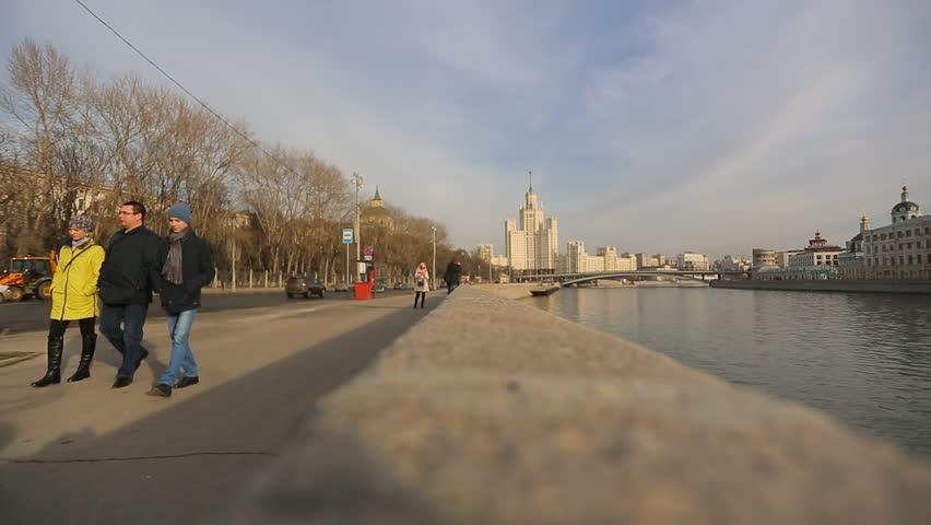 Русские на речке видео фото 164-668