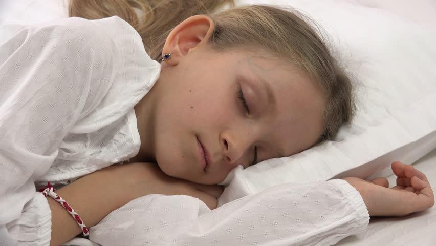 Sleeping girl gets creampie