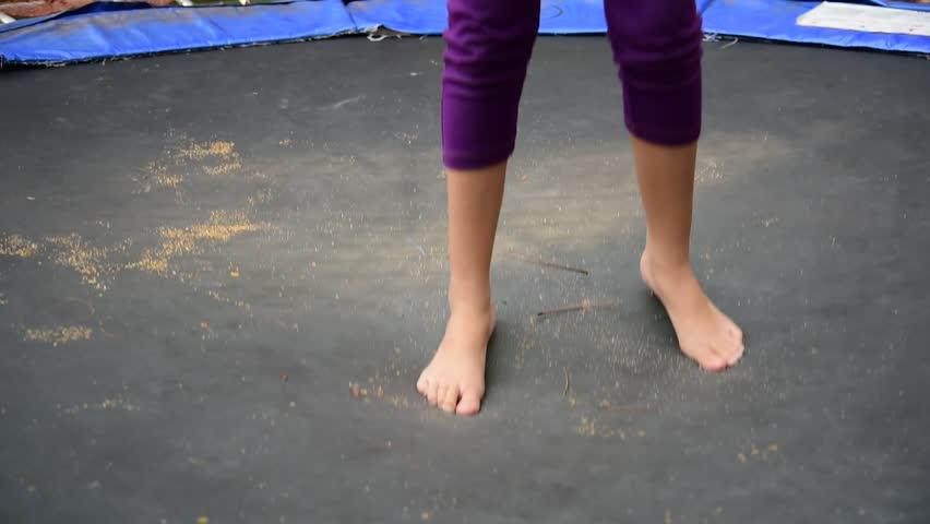 Beautiful Women Feet And Open Legs Dancing Performing -9699