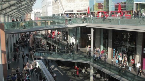 LIVERPOOL, MERSEYSIDE/ENGLAND - OCTOBER 22: Crowds of unidentified shoppers at the retail complex of Liverpool ONE on October 22, 2011 in Liverpool. It is the largest open air shopping center in UK.