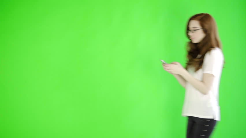 caucasian woman studio greenscreen isolated sexy skinny 20s 4k casual jeans