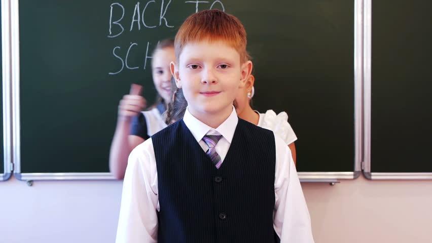 Школьники маструбируют видео фото 85-22