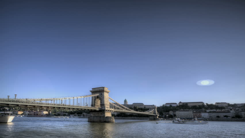 Timelapse of the Budapest Chain Bridge and Danube River from twilight to night