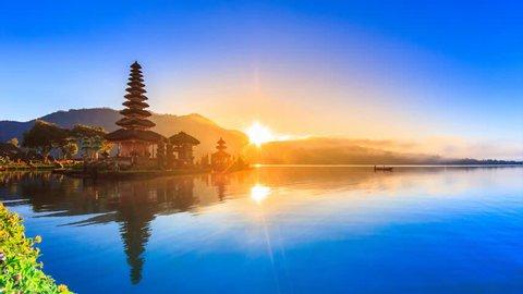Pura Ulun Danu Bratan Temple On Water, Bali Landmark Travel Place Of Indonesia 4K Night to Day Time lapse