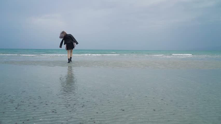 Море и юбки видео
