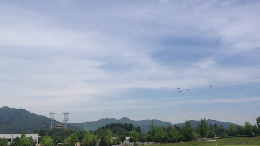 Black eagles Air Show_Echelon Review | Shutterstock HD Video #31018030