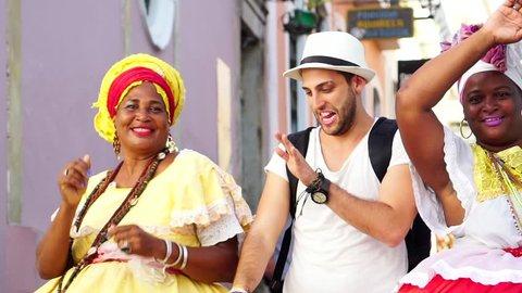 """Dancing with Brazilian Woman - """"Baianas"""""""