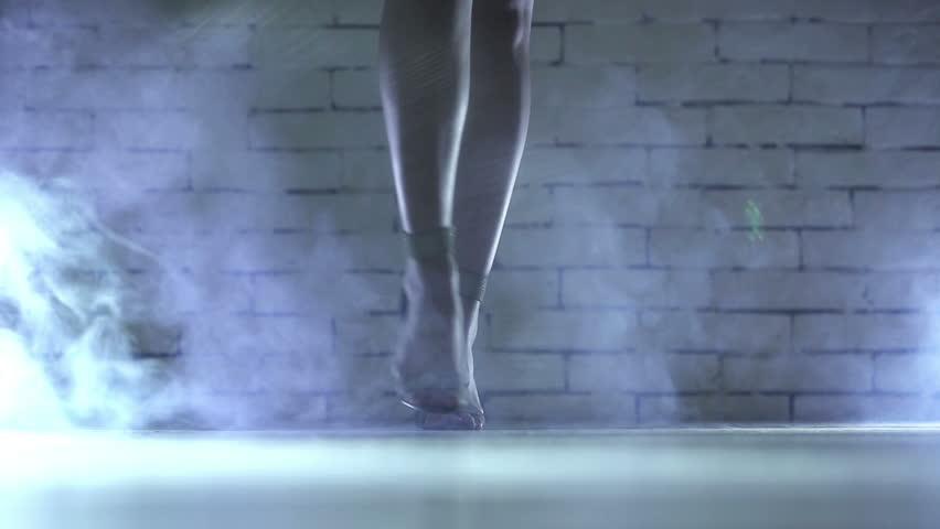 Young woman walking.  | Shutterstock HD Video #3294359